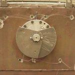 Vibrating screens adjustable counterweights